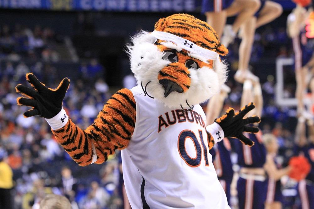 Auburn Hires Penn S Ira Bowman As New Assistant Coach